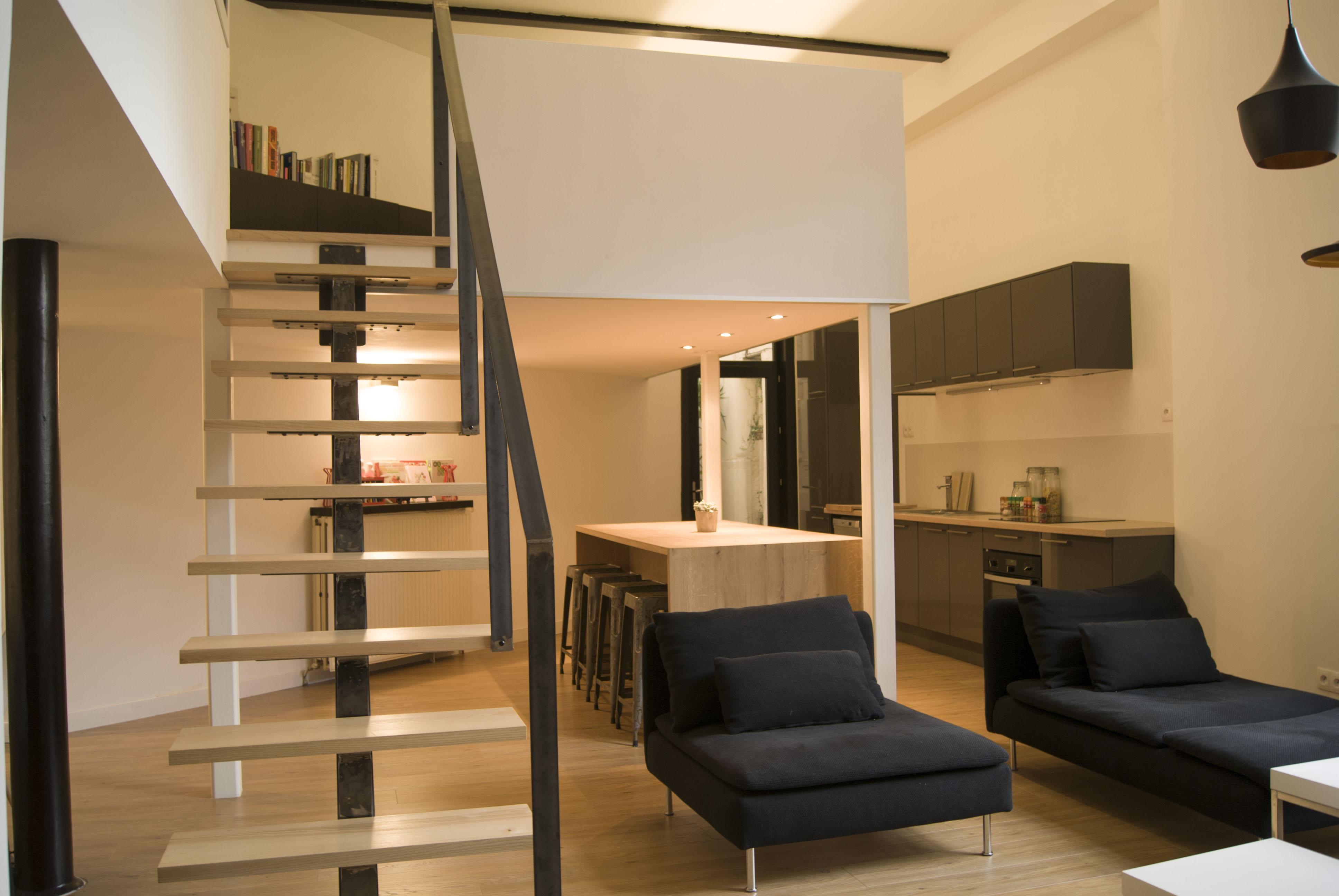Amenager Escalier Interieur. Un Escalier Diamant Avec Une Rampe En ...